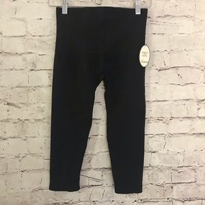 Soma Pants - Soma Slimming Crop Leggings, Size S